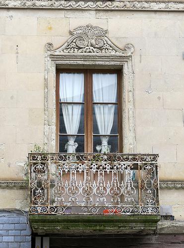 french balcony photo